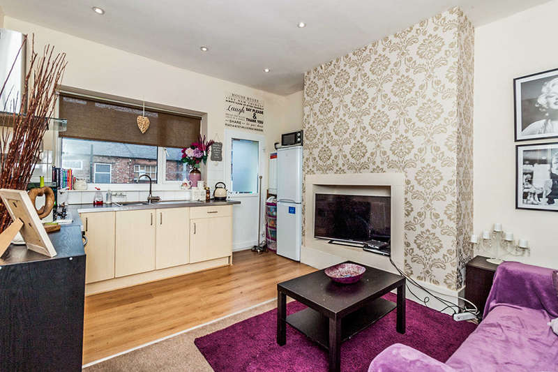 2 Bedrooms Flat for sale in Laurel Street, Wallsend, NE28