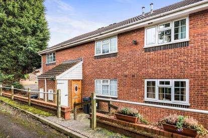 1 Bedroom Maisonette Flat for sale in Lisures Drive, Sutton Coldfield, Birmingham, West Midlands