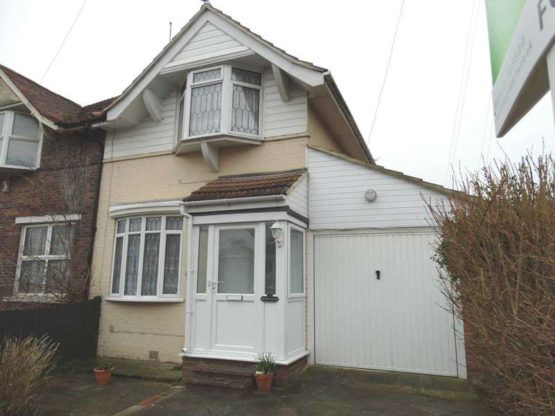 2 Bedrooms Semi Detached House for sale in Roselands Avenue, Eastbourne