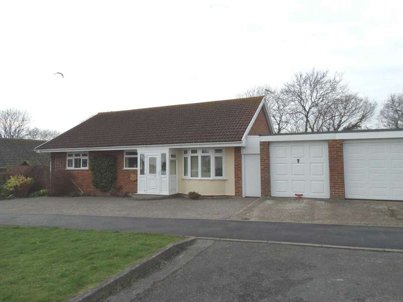 3 Bedrooms Detached Bungalow for sale in Woodpecker Road, Eastbourne