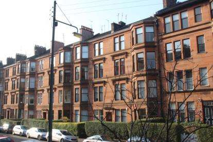 2 Bedrooms Flat for sale in Polwarth Street, Hyndland