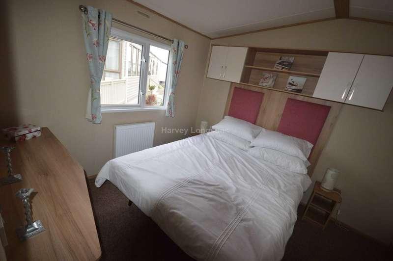 2 Bedrooms Caravan Mobile Home for sale in Suffolk Sands Holiday Park, Carr Road, Felixstowe