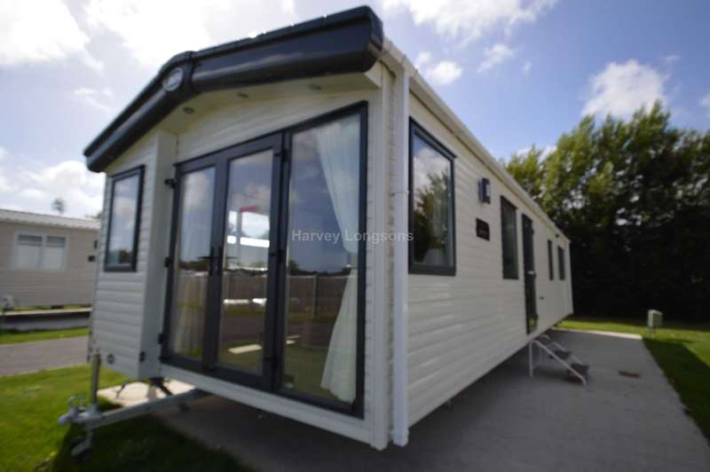 2 Bedrooms Caravan Mobile Home for sale in Marlie Holiday Park, Dymchurch Road, New Romney