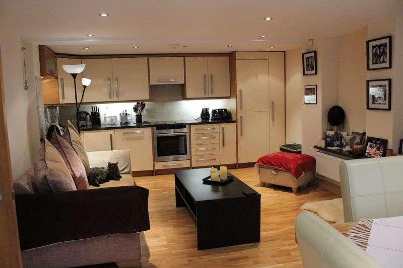 1 Bedroom Flat for sale in Rosebery Road, London
