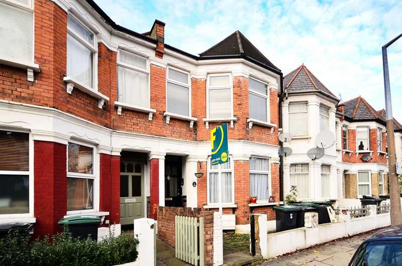2 Bedrooms Flat for sale in Marlborough Road, Bounds Green, N22