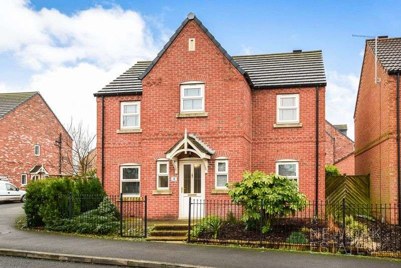 4 Bedrooms Detached House for sale in Pen Lane, Danesmoor