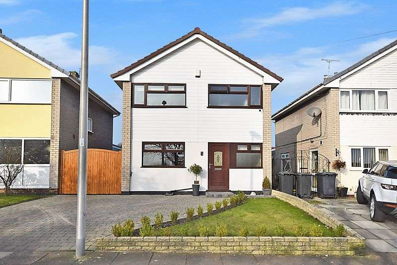 3 Bedrooms Detached House for sale in Blythe Avenue, Widnes