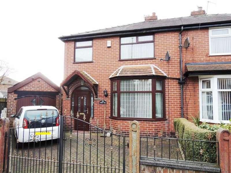 3 Bedrooms Property for sale in Wordsworth Avenue, Droylsden, Manchester