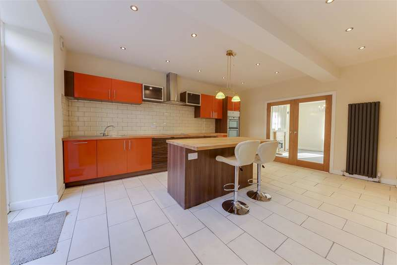 5 Bedrooms Property for sale in Haslingden Road, Rawtenstall, Rossendale