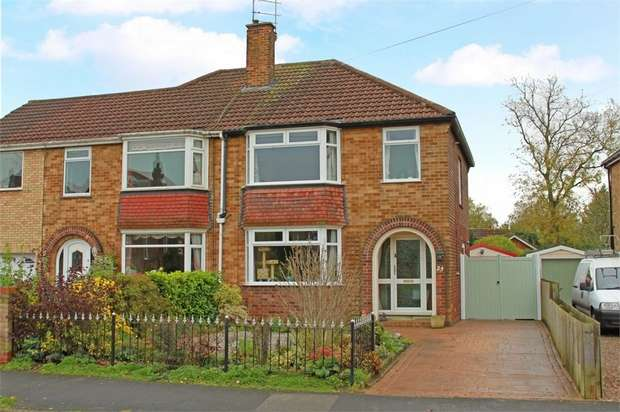 3 Bedrooms Semi Detached House for sale in Riverview Avenue, North Ferriby, East Riding of Yorkshire