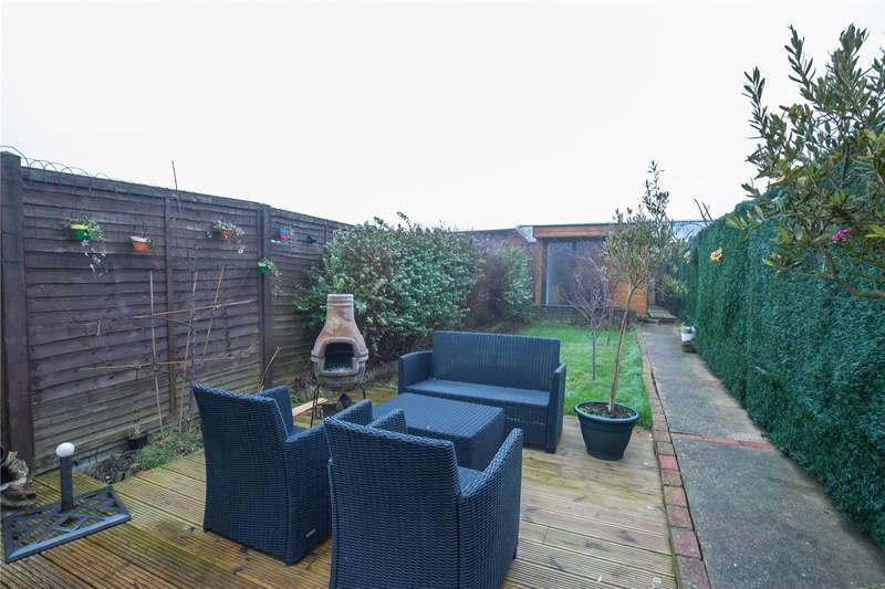 3 Bedrooms Terraced House for sale in Oakleigh Road North, Whetstone, London, N20