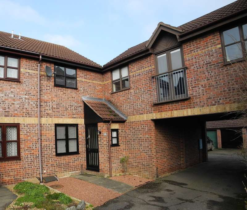 2 Bedrooms Semi Detached House for sale in Gunton Road, Loddon