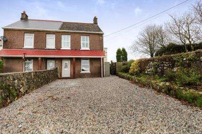 3 Bedrooms Semi Detached House for sale in St. Dennis, St. Austell, Cornwall