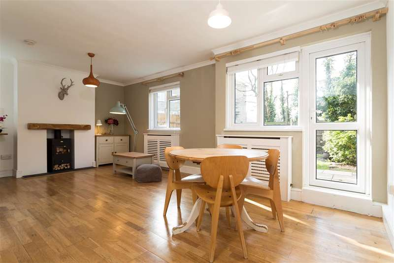 4 Bedrooms Maisonette Flat for sale in Glen Albyn Road, Southfields