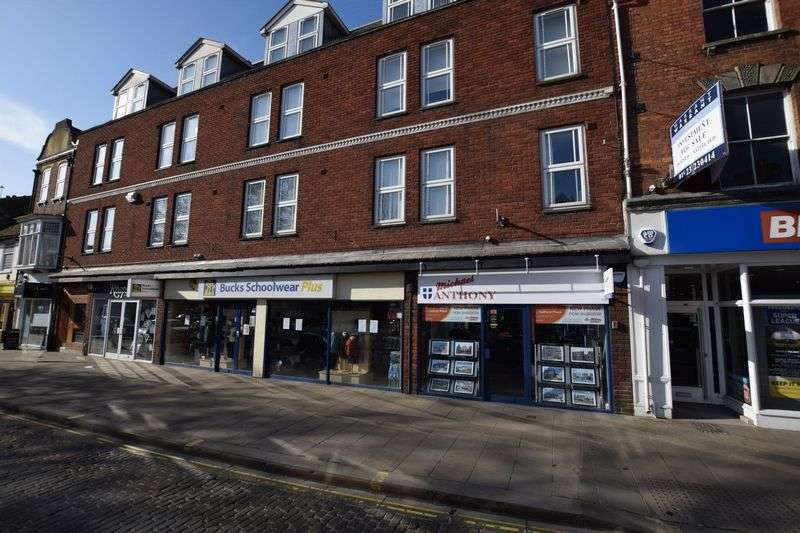 1 Bedroom Flat for sale in Granville Place, Aylesbury
