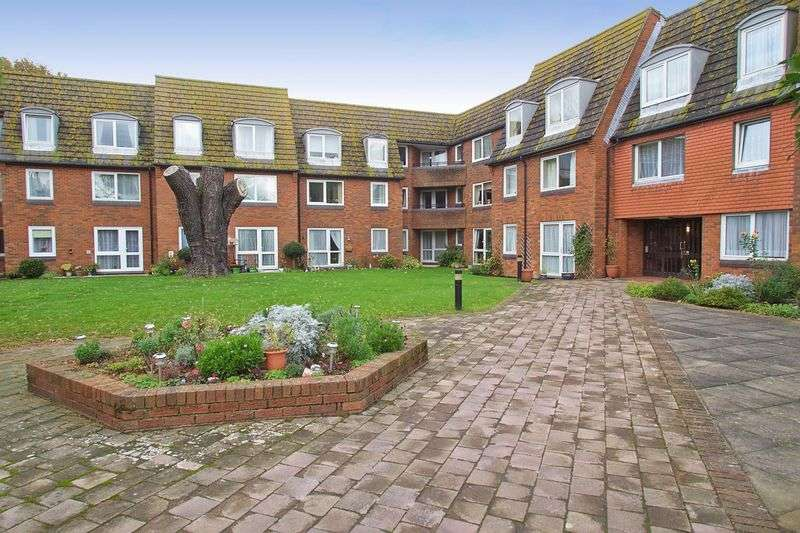 1 Bedroom Retirement Property for sale in Sylvan Way, Bognor Regis, PO21