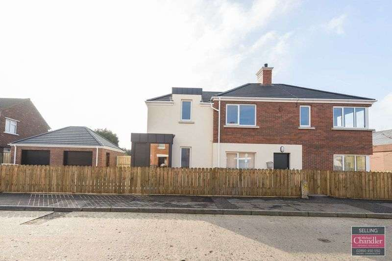 2 Bedrooms Flat for sale in 81 Orby Road, Belfast, BT5 5HP