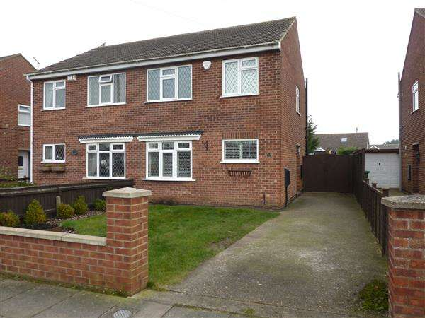 3 Bedrooms Semi Detached House for sale in THORGANBY ROAD, CLEETHORPES
