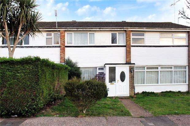 3 Bedrooms Terraced House for sale in Meadowside, Angmering, West Sussex, BN16