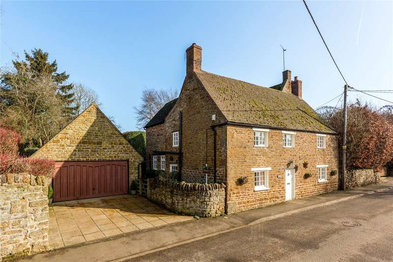 4 Bedrooms Detached House for sale in Church Street, Byfield, Northamptonshire, NN11