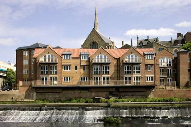 2 Bedrooms Flat for sale in Clements Wharf, Back Silver street, Durham