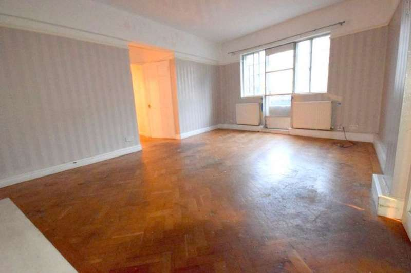 3 Bedrooms Flat for sale in Sunnyside Childs Hill NW2