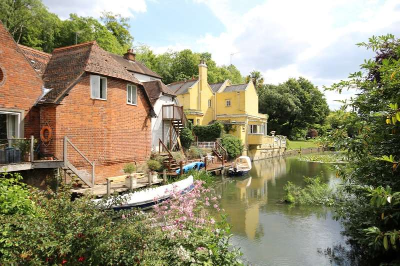 4 Bedrooms Town House for sale in Wargrave Road, Henley-On-Thames, RG9
