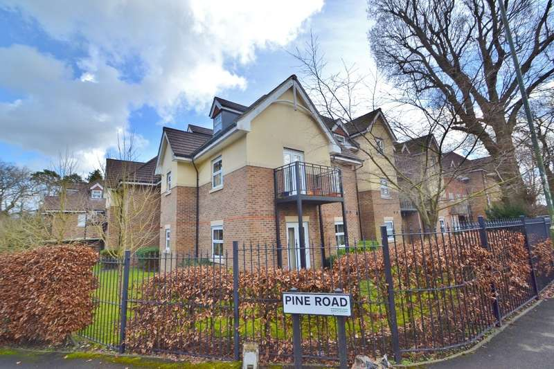 3 Bedrooms Flat for sale in Hiltingbury