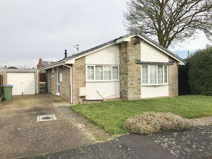 2 Bedrooms Bungalow for sale in St. Marys Crescent, Swineshead, Boston, Lincolnshire