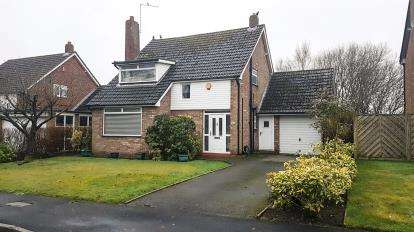 3 Bedrooms Detached House for sale in Wilton Crescent, Alderley Edge, Cheshire
