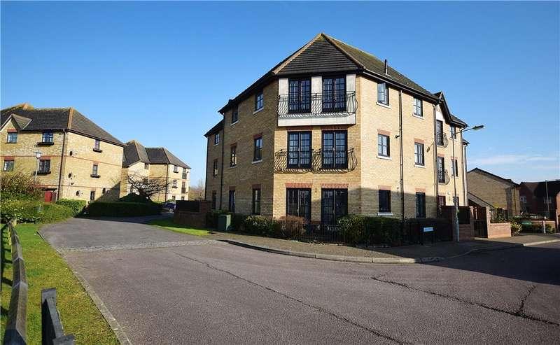 2 Bedrooms Penthouse Flat for sale in Bishop's Stortford
