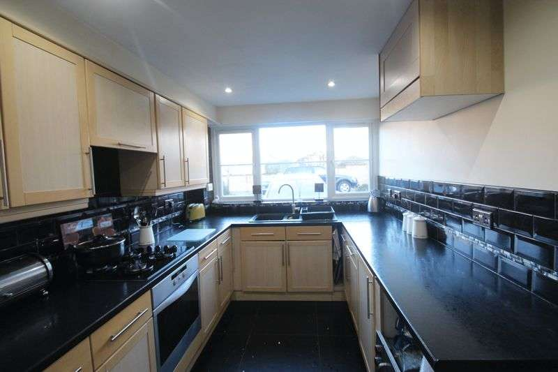 4 Bedrooms Terraced House for sale in The Pavilions, Bristol
