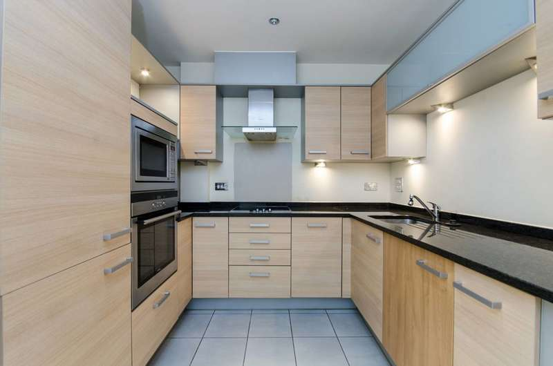 2 Bedrooms Flat for sale in Worple Road, Wimbledon, SW19