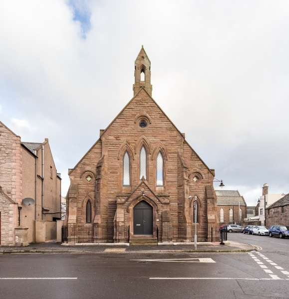 2 Bedrooms Town House for sale in New Wynd, Montrose, Angus, DD10 8RF