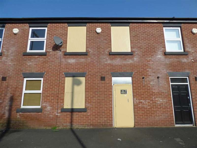 3 Bedrooms Property for sale in Daisy Bank Court, Silverwell Street, Manchester, M40