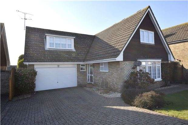 3 Bedrooms Detached House for sale in Ashcombe Drive, BEXHILL-ON-SEA, East Sussex, TN39 3UL