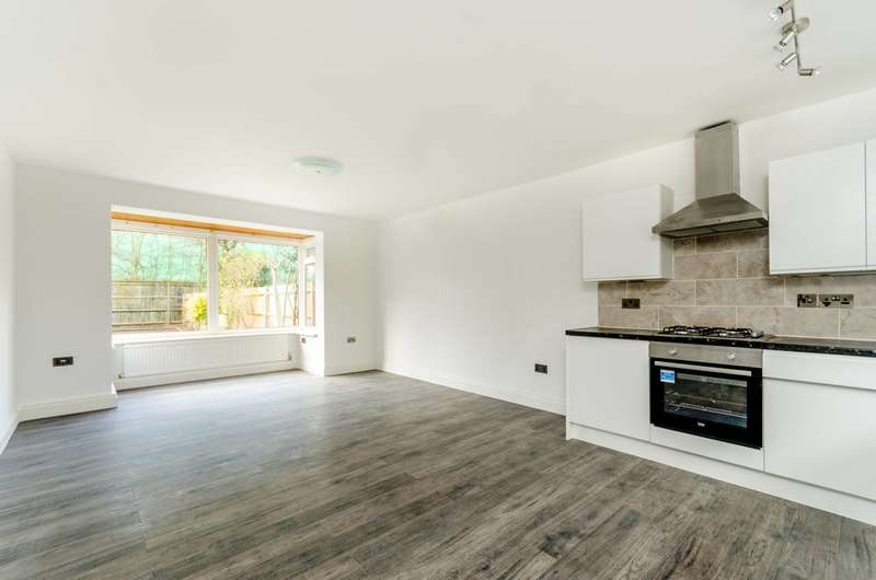 3 Bedrooms House for sale in Bowen Drive, West Dulwich, SE21