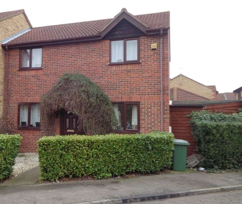 3 Bedrooms Semi Detached House for sale in Elmdon Road, SOUTH OCKENDON
