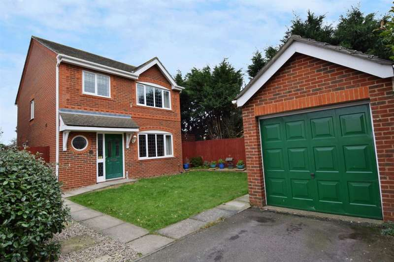 3 Bedrooms Detached House for sale in Fulmar Way, Herne Bay