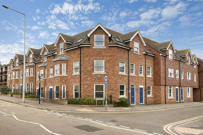 3 Bedrooms Flat for sale in Quex Road, Westgate-On-Sea