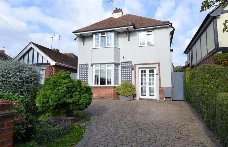 4 Bedrooms Detached House for sale in Kingsdown Park, Tankerton, Whitstable