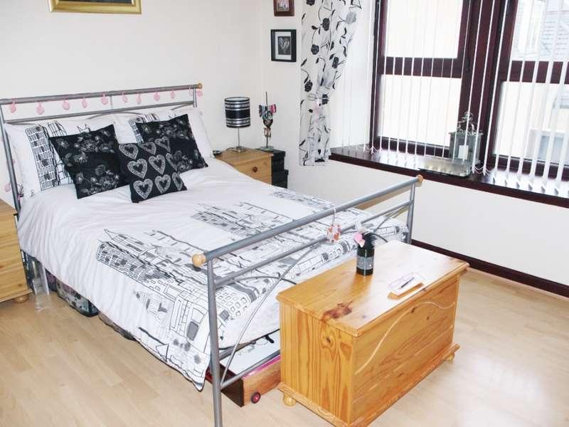 1 Bedroom Flat for sale in 1-R, 1 Victoria Road, Saltcoats, KA21 5LG