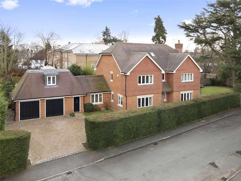 7 Bedrooms Detached House for sale in The Paddocks, Weybridge, Surrey, KT13