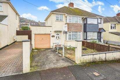 3 Bedrooms Semi Detached House for sale in Hooe, Plymouth, Devon