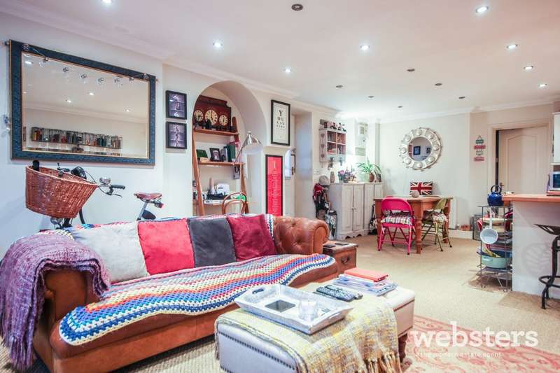 2 Bedrooms Flat for sale in Thorpe Road, Norwich, NR1