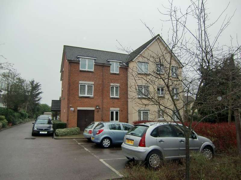 1 Bedroom Property for sale in Clements Court, Sheepcot Lane, Watford, Herts