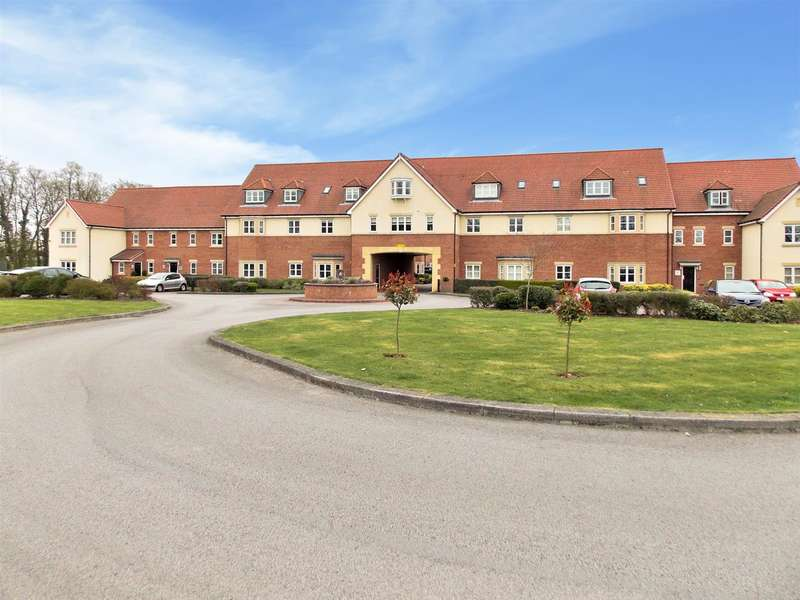 3 Bedrooms Flat for sale in Tudor Court, Draycott