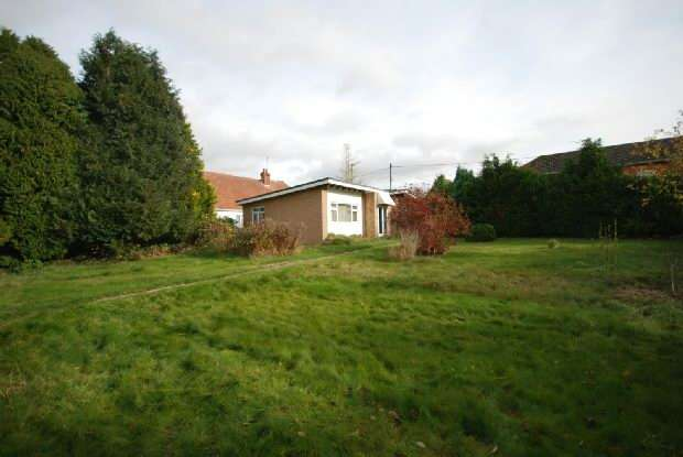 2 Bedrooms Detached House for sale in Laverstock