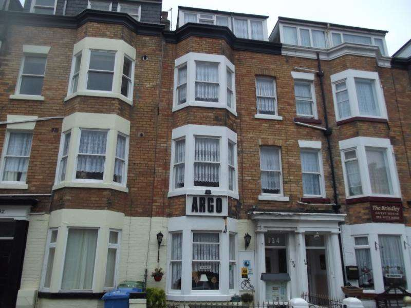 8 Bedrooms Guest House Gust House for sale in North Marine Road, Scarborough, North Yorkshire, YO12 7HZ