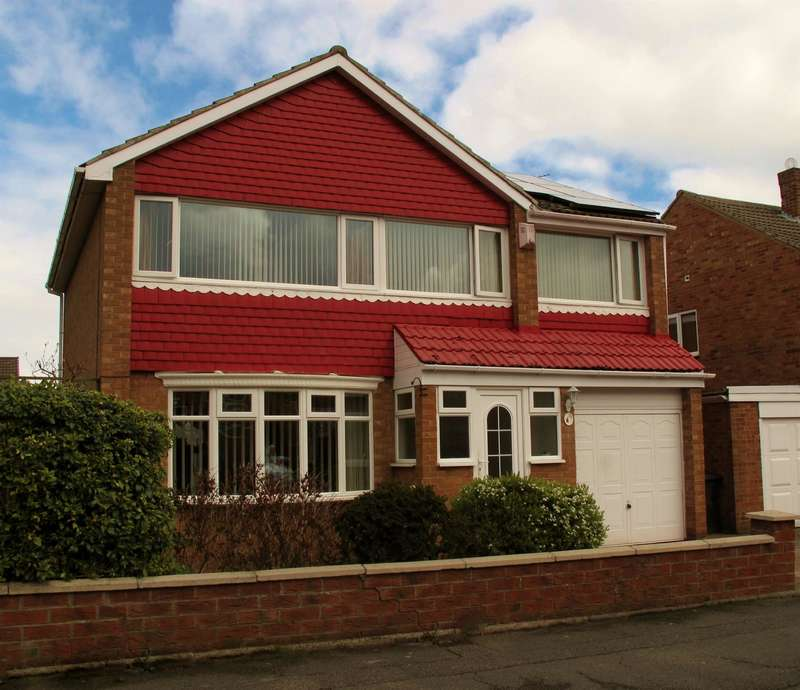 5 Bedrooms Detached House for sale in Runswick Avenue, Acklam, Middlesbrough, TS5 8HY